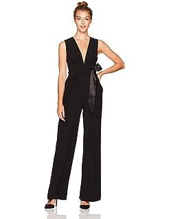 ddd6ba70cfa0 Amazon.com  ML Monique Lhuillier Women s Cap Sleeve Lace Jumpsuit ...
