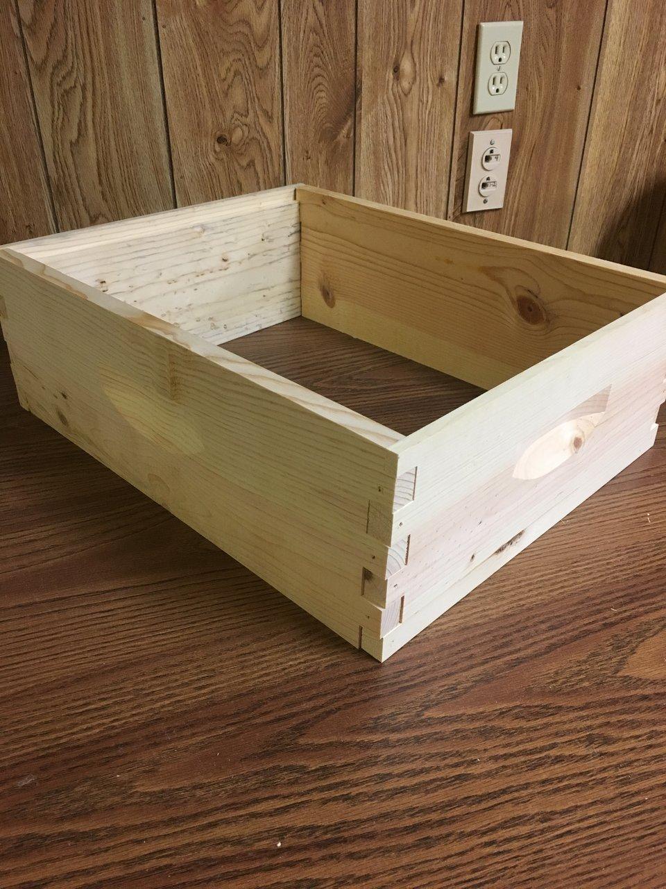 Cutler Supply, Inc Medium (6-5/8'') 10 Frame Hive Super - Unassembled
