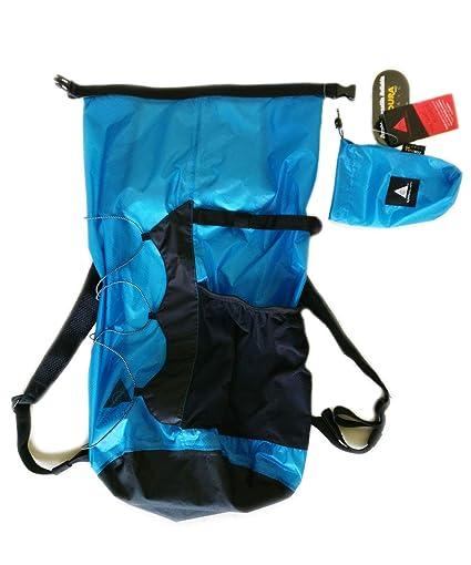08dfce855a Amazon.com   SUPERSINGULARITY Skydust 22L Parachute Fabric Strength ...