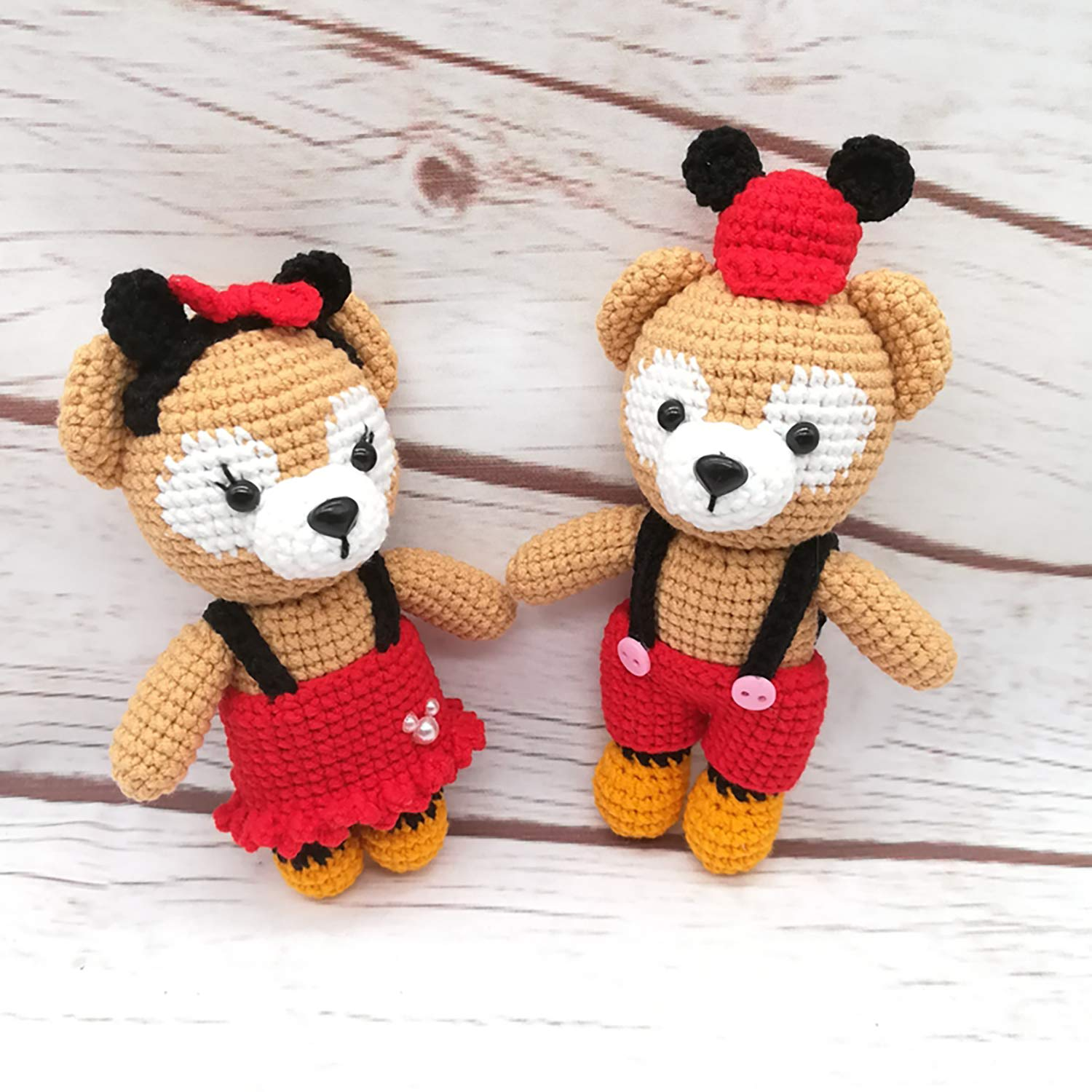 Amigurumi Treasures: 15 Crochet Projects To Cherish: Lee, Erinna ... | 1500x1500