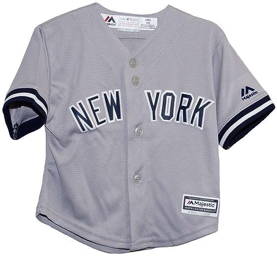 dba32cba741 Majestic Big Kid s New York Yankees Gray Major League Baseball MLB Jersey  (7 Large)