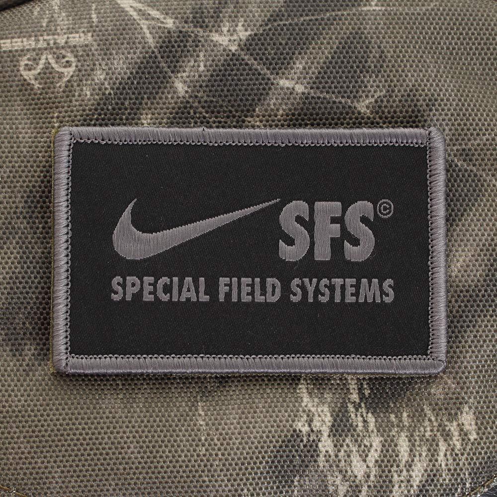 finest selection 93e37 c7c09 Nike NK SFS RECRUIT BKPK - AOP, Sacs à dos homme, Multicolore (Olive Canvas  Olive C), 15x24x45 cm (W x H L)  Amazon.fr  Chaussures et Sacs