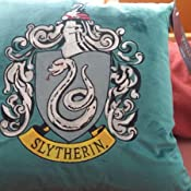 Primark Harry Potter Gryffindor Slytherin Ravenclaw Hufflepuff - Cojines de terciopelo, Blue - Ravenclaw, 45 CM X 45 CM