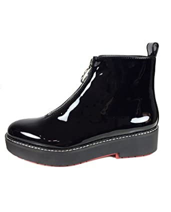 Women Flat faux patent ankle boots with tab 5155/201