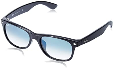 0eec5bb556 Amazon.com  Ray-Ban New Wayfarer RB 2132F Sunglasses  Clothing