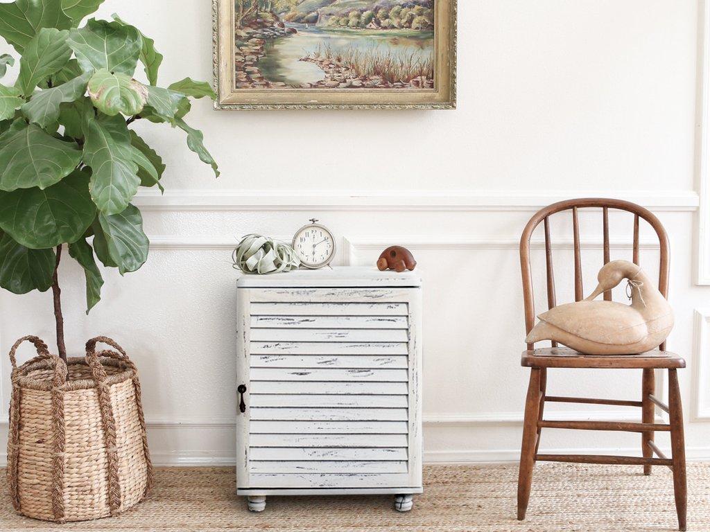 Rebecca mobili comodino armadietto anta legno paulownia bianco