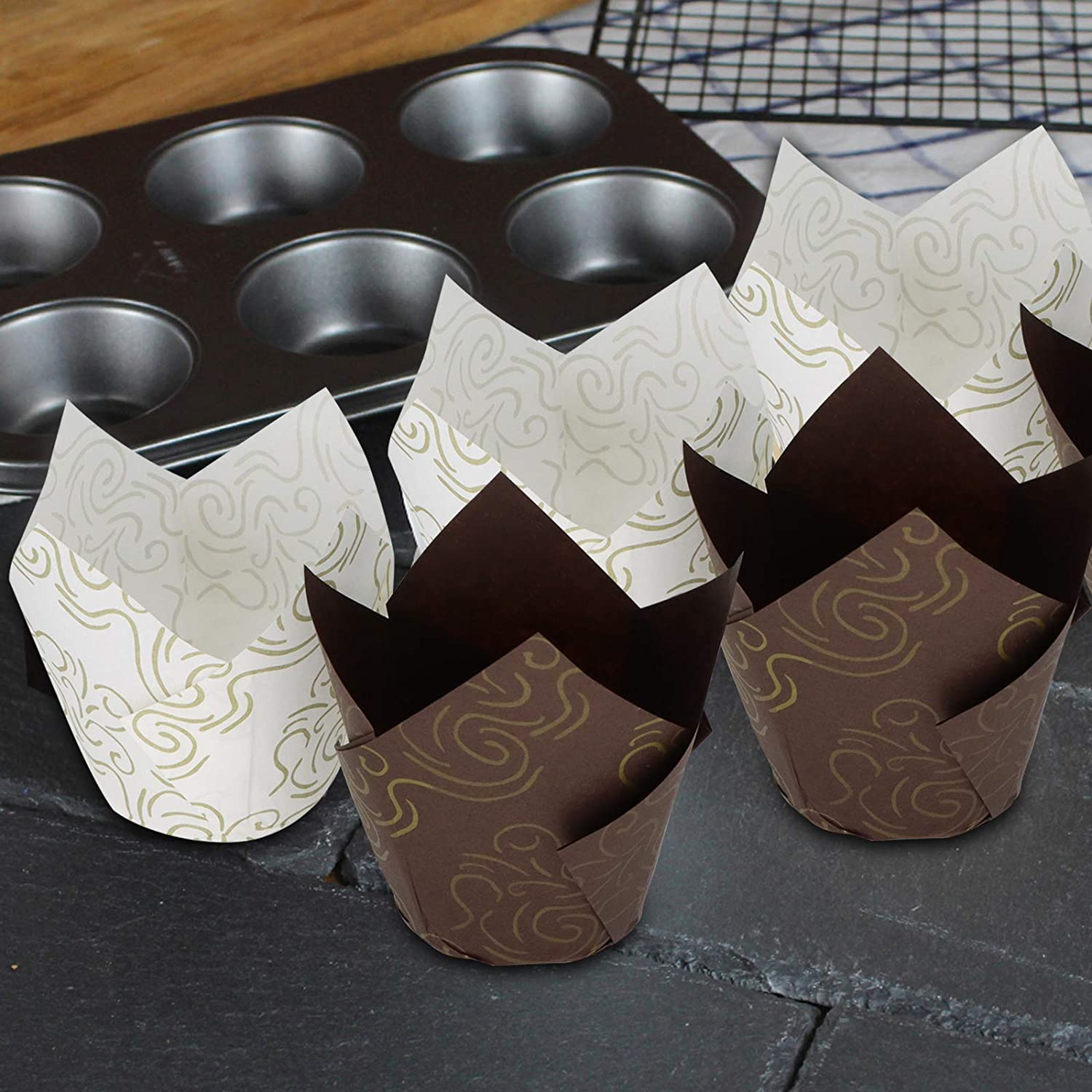 Tulip Cupcake for Baking Cupcake Cases Tulip Baking Cups Brown and White Standard Size Muffin Cases Cupcake Liners Muffin for Wedding 2 Colors Paper Muffin Cups Party 100PCS Birthday