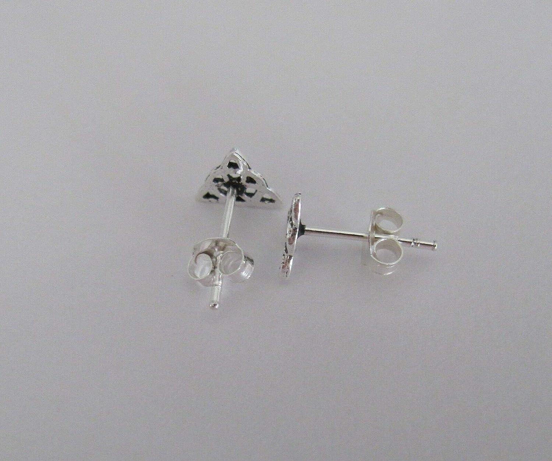 Sterling Silver 6mm Celtic Triangle Knot Dainty Post Stud Earrings.