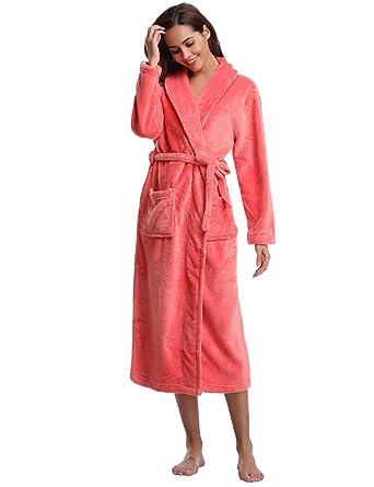 ff1b32fc1b582 Aibrou Peignoir Femme Velours Robe de Chambre Polaire Chaud Long Flanelle  Peignoir de Bain Homme Eponge Hiver Longue: Amazon.fr: Vêtements et  accessoires