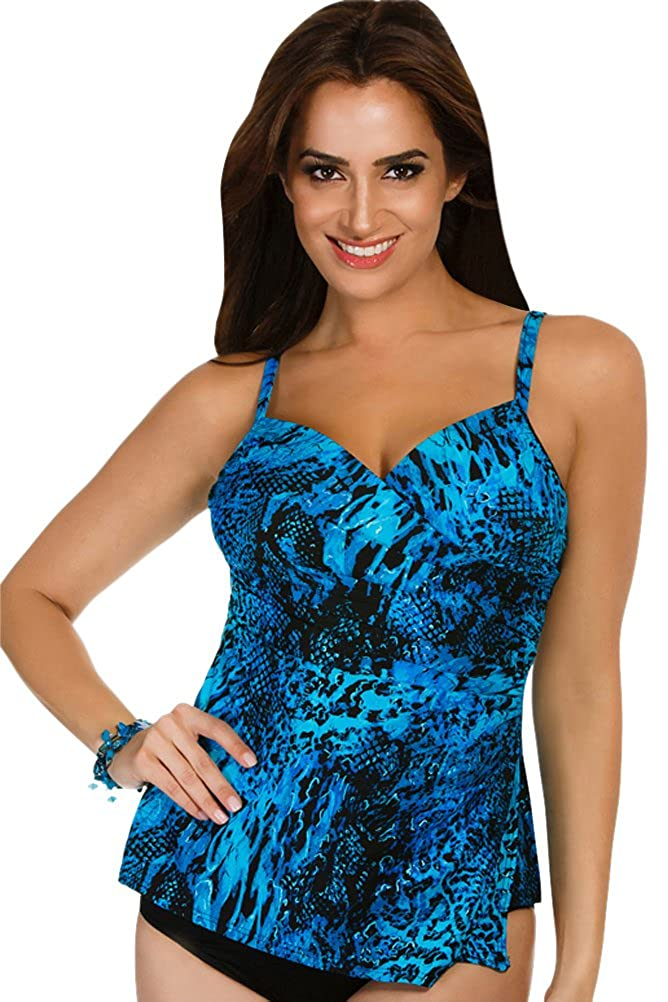 d70cf3c2da6af Amazon.com  Miraclesuit Women s Off The Scales Paramore Tankini Top   Clothing