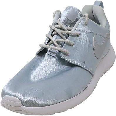 Roshe One PRM Ankle-High Sneaker