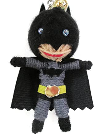 Amazon.com: Batman Voodoo Cadena Llavero con muñeca: Office ...