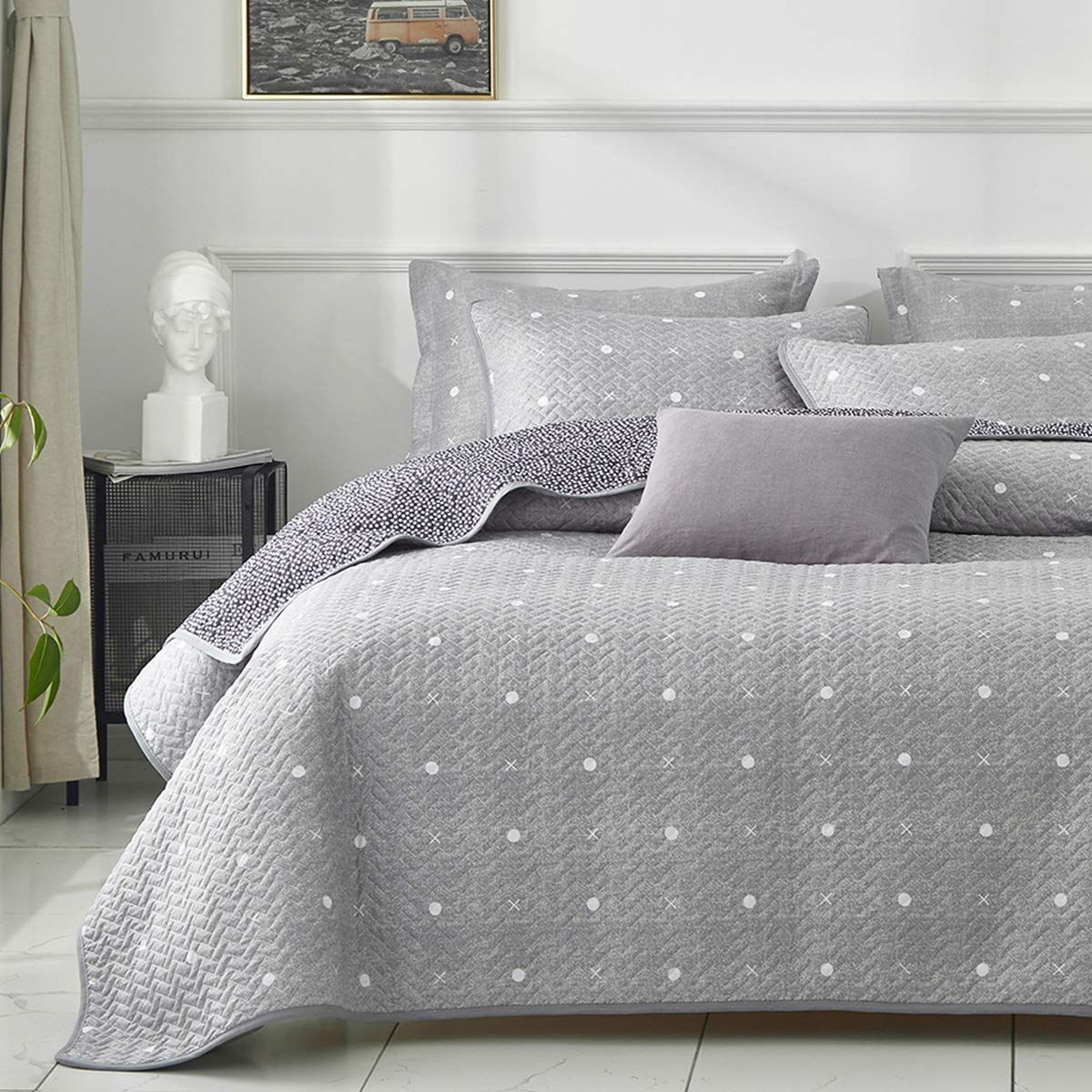 Uozzi Bedding 2 Piece Reversible Quilt Set Twin Size 68x86 Soft Microfiber Lightweight kids Coverlet Bedspread Summer Comforter Set Bed Cover Set Blanket for Kids Gray Dots & Cross (1 quilt + 1 shams)