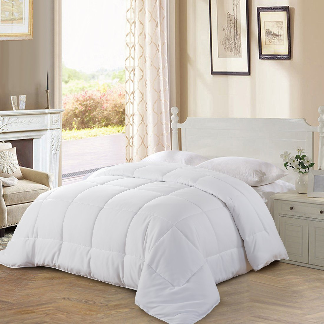 All Season Twin Goose Down Alternative Quilted Comforter with Corner Tabs - Hypoallergenic -Double Plush Fabric -Super Microfiber Fill -Machine Washable - Duvet Insert & Stand-Alone Comforter - White Balichun