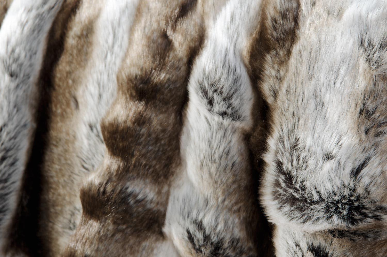 Oreiller 45x45cm Wohnen /& Accessoires Tr/ès Grande Couverture Couverture en Fourrure Couvre-lit Fausse Fourrure Loup Gris//Marron