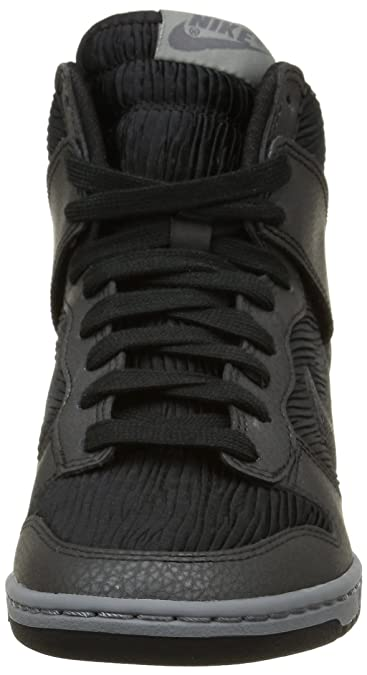 cheaper f8e43 95188 Amazon.com   Nike Women s Dunk Sky Hi Casual Shoe   Fashion Sneakers