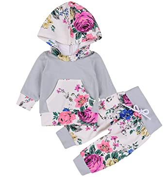 fec1c238f685 Amazon.com  Emmababy Baby Girls Outfit Winter Floral Hoodie with ...