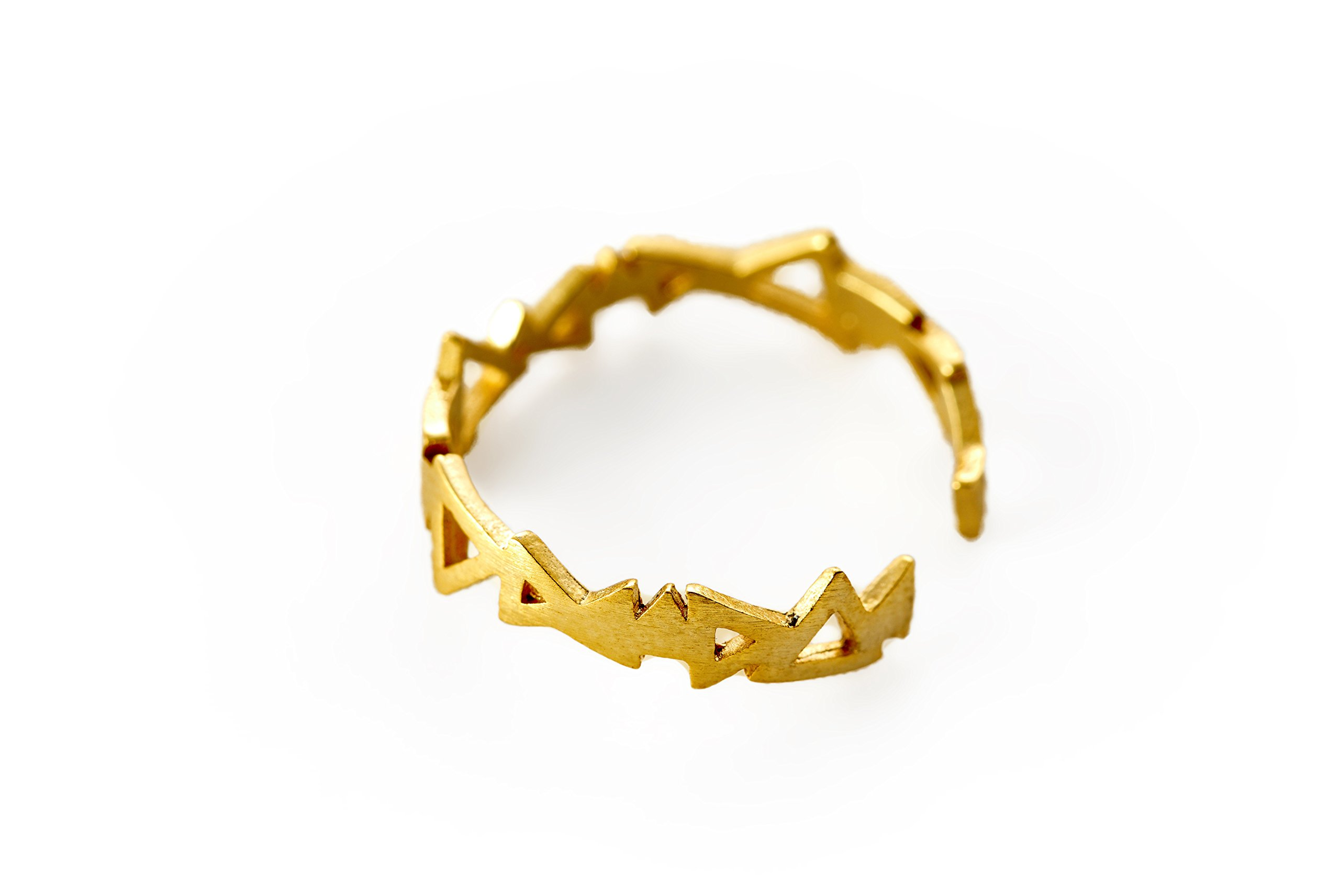 Crown ring Geometric triangle ring Connected triangles ring Infinite triangle ring Modern rings (gold-plated-base)