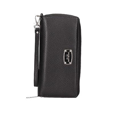 40449c5967b4 Amazon.com  Michael Kors Jet Set Item Black Travel Continental Leather  Wallet  Everything Else
