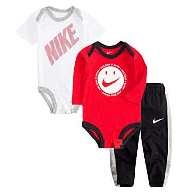 1d0f6c9ddde5 Amazon.com  Nike Jordan Infant Newborn Baby 2 Bodysuits and 1 Pants 3  Pieces Layette Set  Clothing