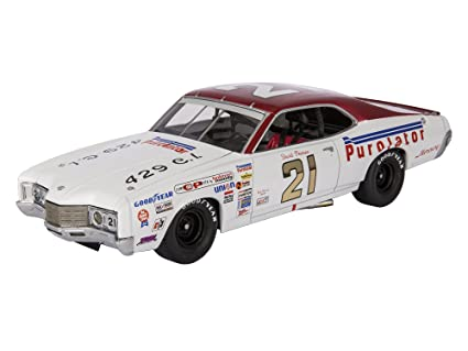 365d0911419 Buy Lionel Nascar Collectables David Pearson University of Racing 1971  Purolator Mercury Cyclone Car (1 24 Scale) Online at Low Prices in India -  Amazon.in