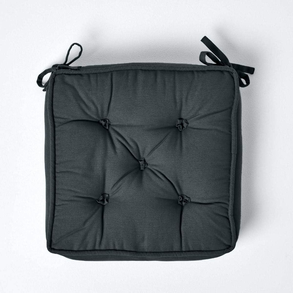HOMESCAPES Coussin de Chaise Gris Ardoise matelassé avec Boutons capitonnés de 40 x 40 x 10 cm