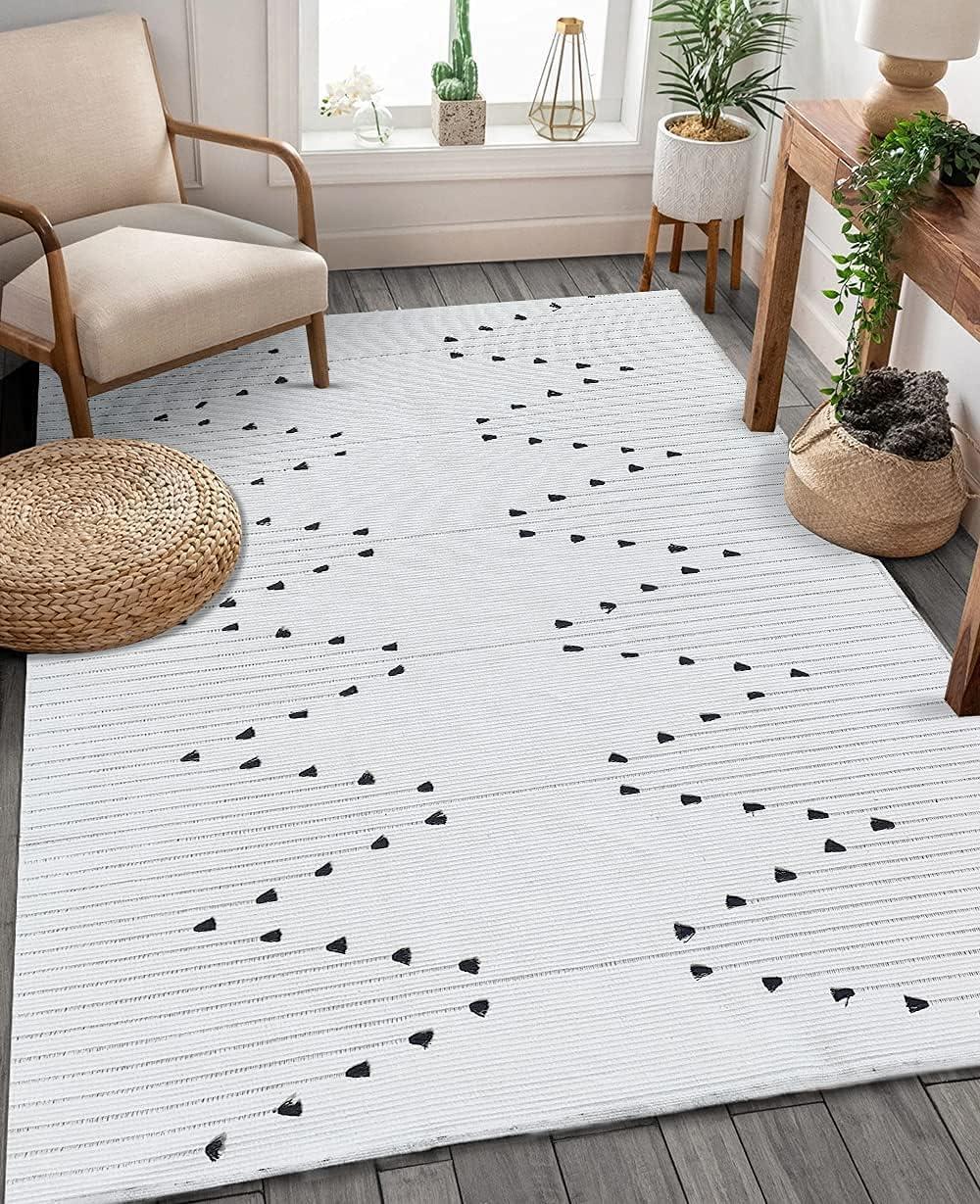 Boho Cotton Area Rug 4'x6' Woven Moroccan Geometric White Rugs Chic Bohemian Indoor Outdoor Rug Farmhouse Throw Rug Washable Floor Carpet for Entry Mat Living Room Bedroom Patio Bathroom Decor