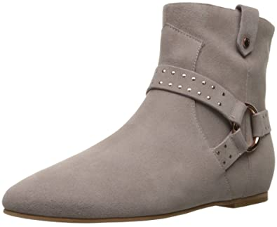 add52b976cf Amazon.com  Ted Baker Women s Sonoar Ankle Bootie  Shoes