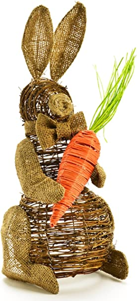 Amazon Com Thompson Elm Rattan Bunny Figurine Holding Carrot Large Home Kitchen