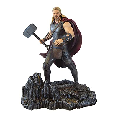 DIAMOND SELECT TOYS Marvel Gallery: Thor Ragnarok Thor PVC Vinyl Figure: Toys & Games