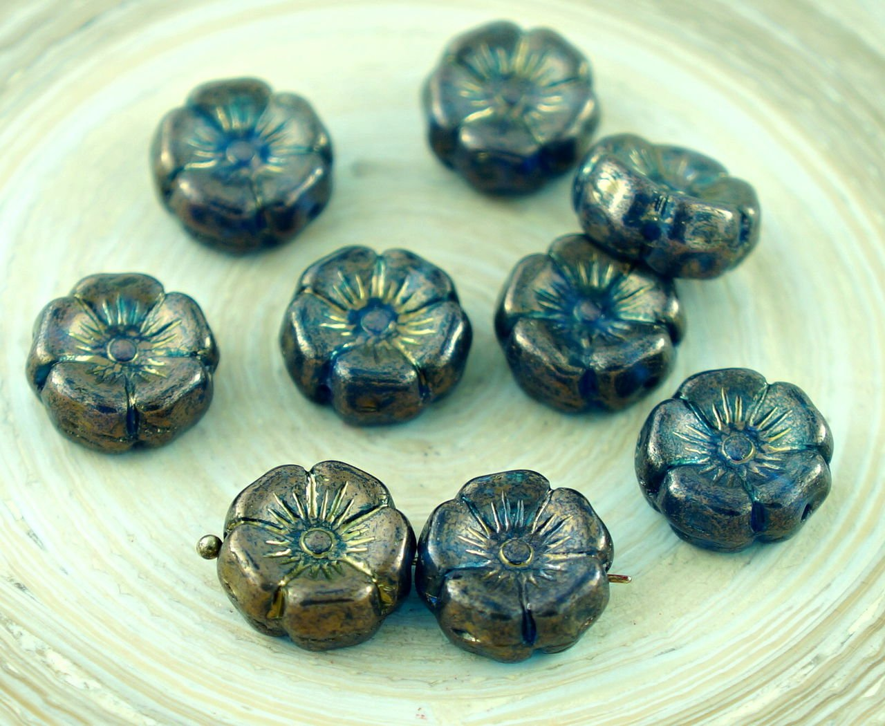 10pcs Rustic Picasso Czech Glass Carved Hawaiian Flower Beads Coin 12mm