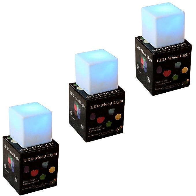5 opinioni per 3 Cubi Luminosi LED Colorati- 7cm Lampade Ambiente Multicolore da Tavolo per