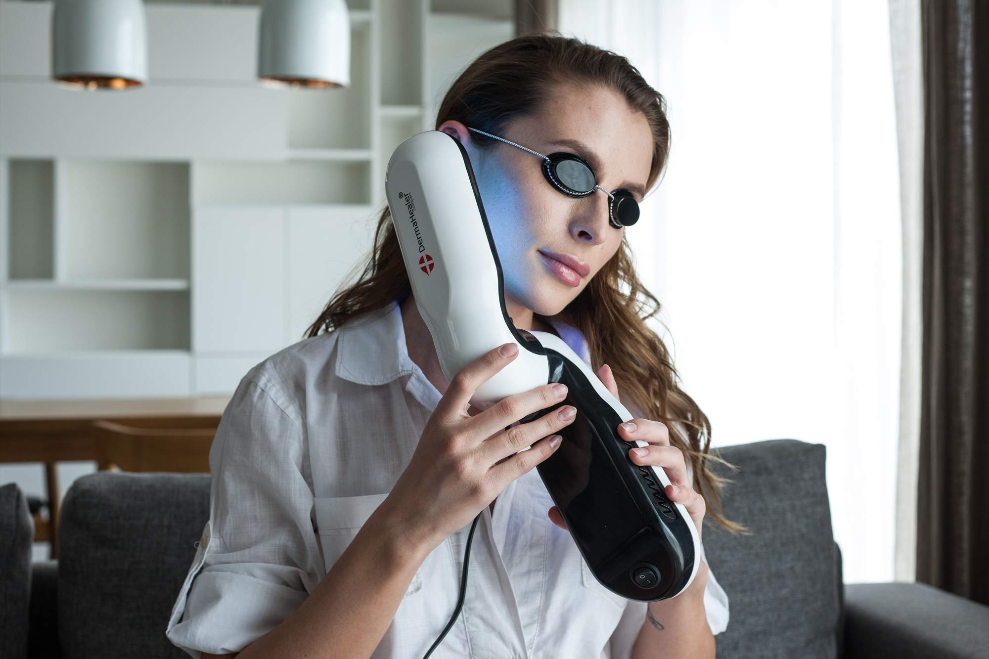 DermaHealer UVB Light Therapy Home UV Phototherapy Lamp with Philips PL-S 9W/01 Light Bulb by DermaHealer (Image #4)