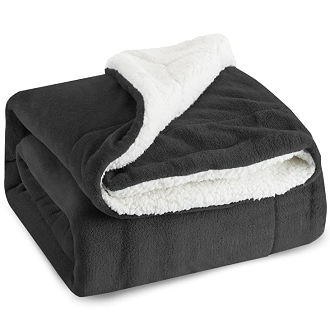 BEDSURE Sherpa Fleece Blanket Throw - Affordable and Plush