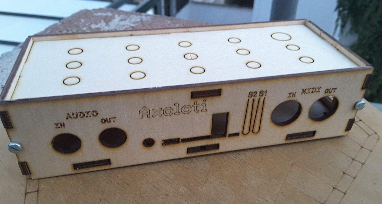 wooden enclosure for Axoloti Core MIDI SYNTH