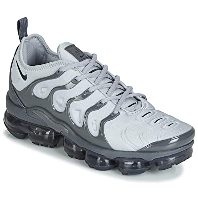 592ecc6097 Amazon.com | Nike Air Vapormax Plus Mens 924453-016 Size 10 | Road ...