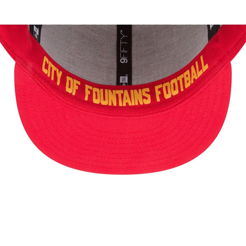 best website 901ad ccf82 Amazon.com  New Era Authentic Kansas City Chiefs Heather Gray Red 2018 NFL  Draft Official On-Stage 9FIFTY Snapback Adjustable Hat  Clothing