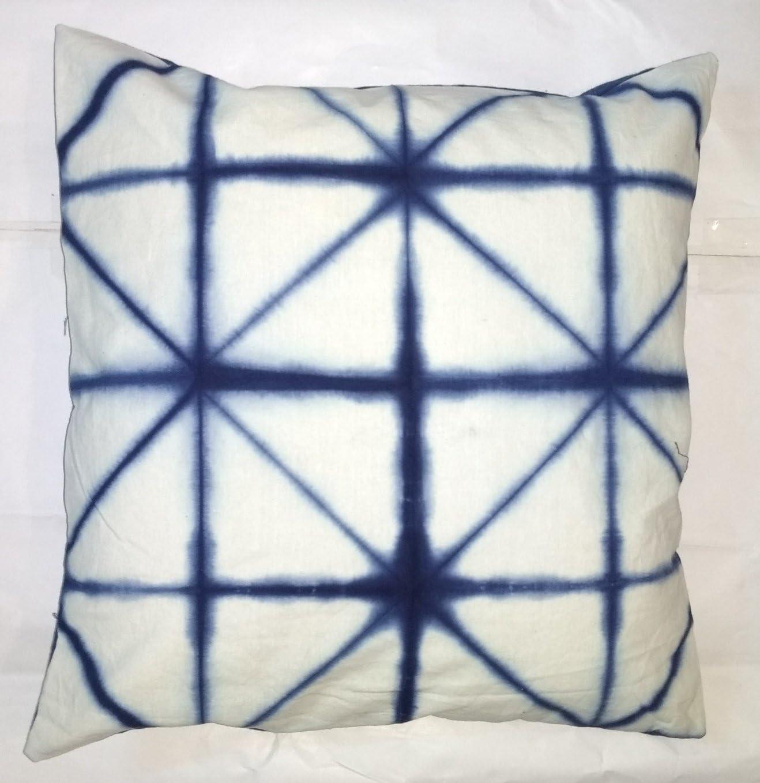 Amazon Com Traditional Jaipur Tie Dye Pillow Indigo Cushion Cover 16x16 Shibori Decorative Throw Pillowcase Indian Outdoor Cushions Boho Pillow Sham Home Kitchen