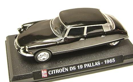Générique DIECAST Car 1:43 Citroen DS 19 Pallas 1965 1/43 IXO AP1