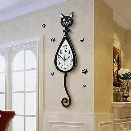 cuisines Essentials Horloge murale /à quartz silencieuse en forme darbre pour bureaux Umi salles /à manger