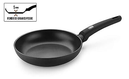 BRA Silver- Sartén 28 cm aluminio forjado antiadherente apta para todo tipo de cocinas, incluso inducción