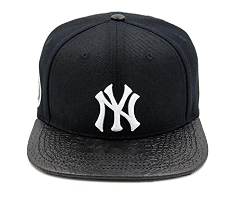 b65c85eec74 Image Unavailable. Image not available for. Color  PRO-STANDARD NY YANKEES  OFFICIAL BLACK WHITE 3M PREMIUM LEATHER CAP