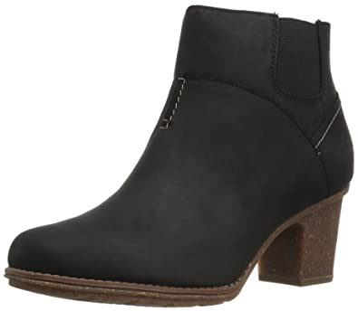 Women's Sashlin Vita Ankle Bootie