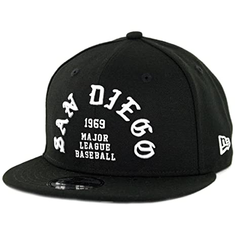 fd251d17db5b7 Amazon.com   New Era 950 San Diego Padres Team Deluxe II Snapback Hat (Black)  Men s MLB Cap   Sports   Outdoors