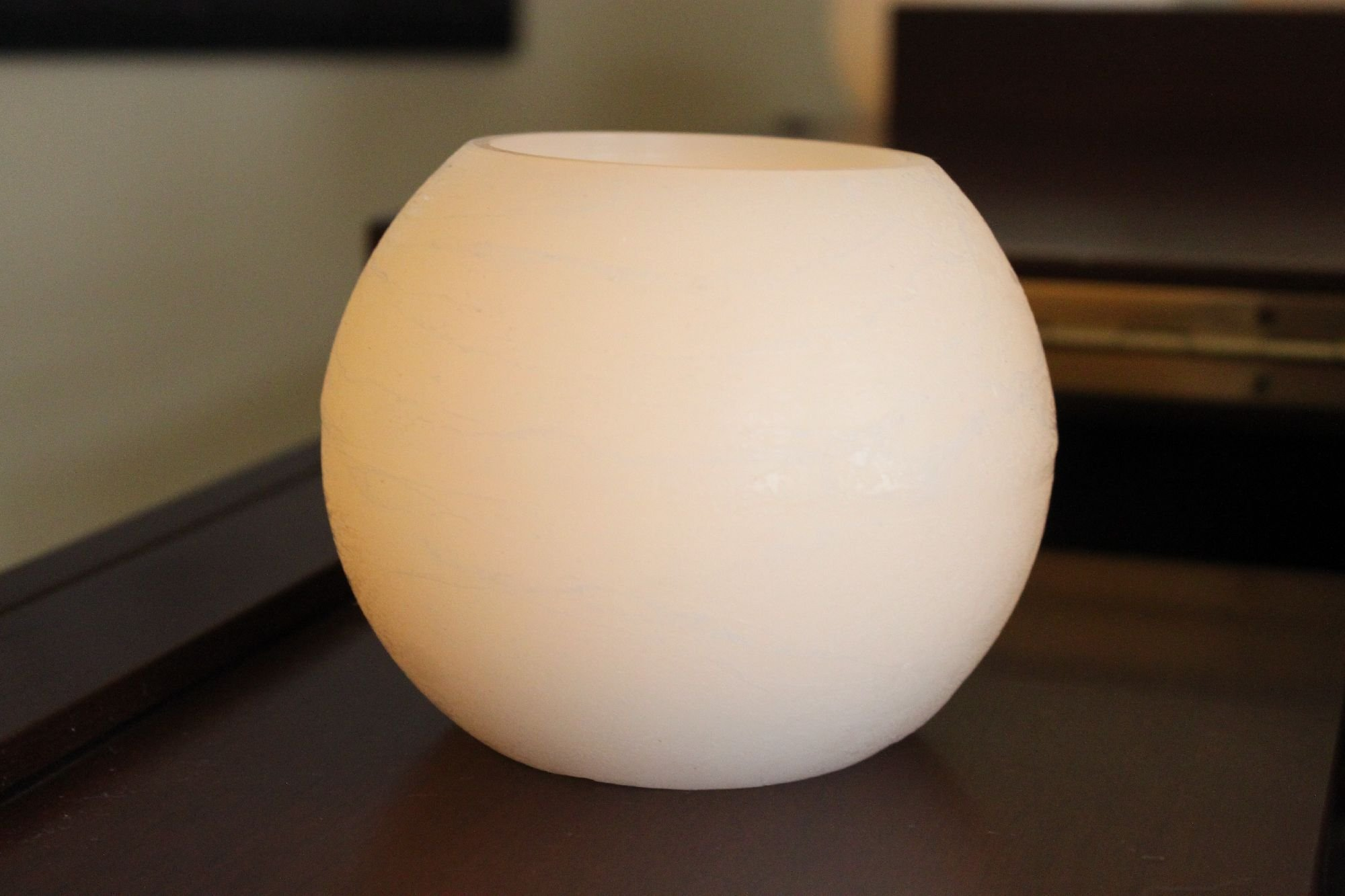 EcoGecko 87003 Wax Moon Sphere LED Flameless Candle with 5 Hour Timer