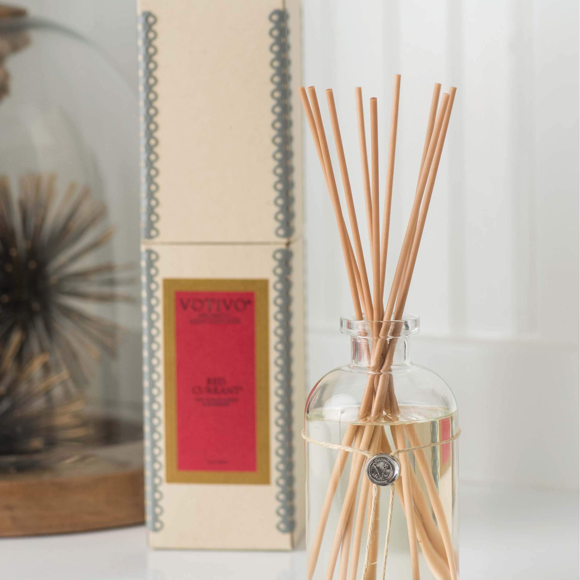 Votivo Aromatic Reed Diffuser - Red Currant by Votivo (Image #4)