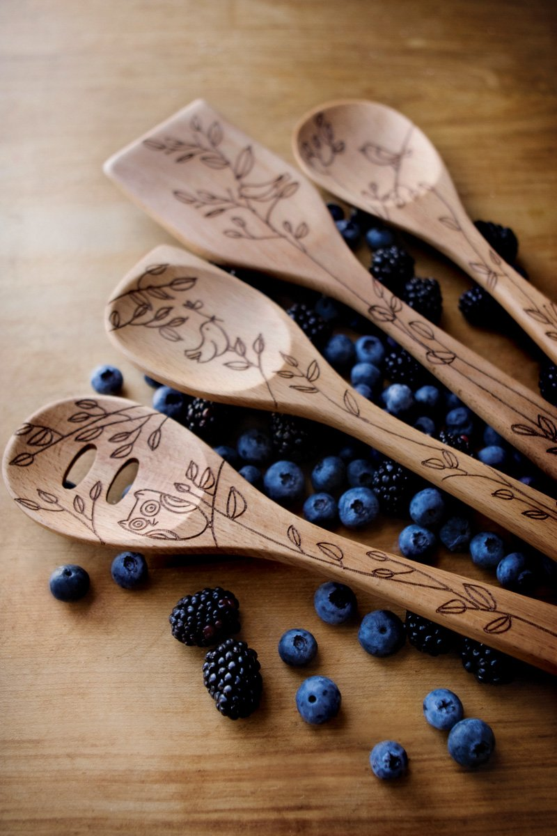 Nature Design by Talisman Designs Talisman Designs 12-Inch Solid Beechwood Corner Spoon