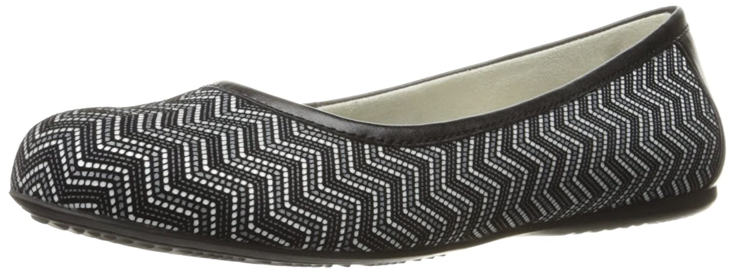 SoftWalk Women's Napa Ballet Flat B01HQUSPSU 10 B(M) US|Black/White