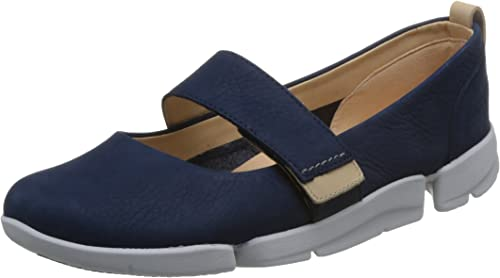 Clarks Tri Carrie Womens Wide-Fit Mary