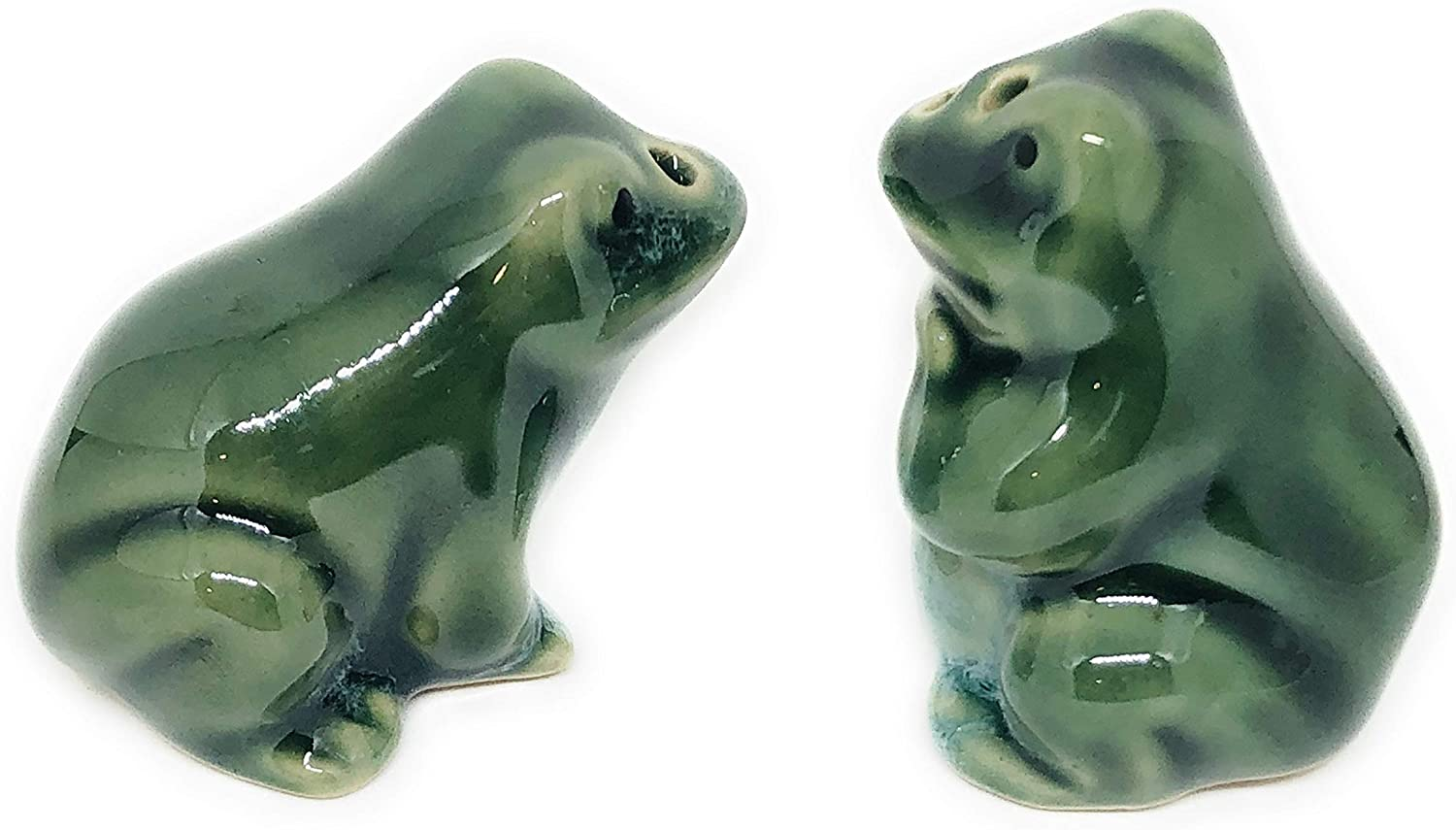 Mini Green Frogs Ceramic Salt & Pepper Shakers - 2-pc Set - Fun Kitchen Accessories - Unique Novelty Table Decor - Cute and Collectible Shaker Set, Makes a Great Gift! Perfect for the Lake Cabin!